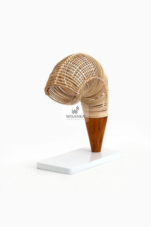 Rebon Table Lamp Off | Rattan Table Lamp | Rattan Lamp | Udang Lamp | Shrimp Lamp | Shrimp Table Lamp