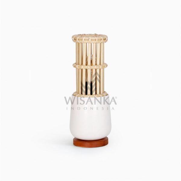 Cila Rattan Table Lamp Off